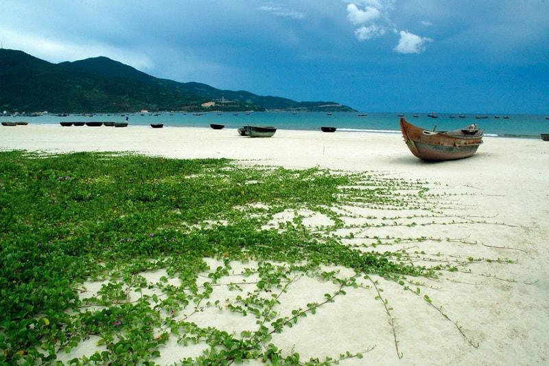 Top 5 Beautiful Beaches in Da Nang