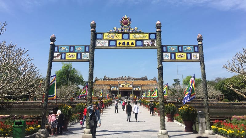 Hue Sightseeing Tours – Private Driver