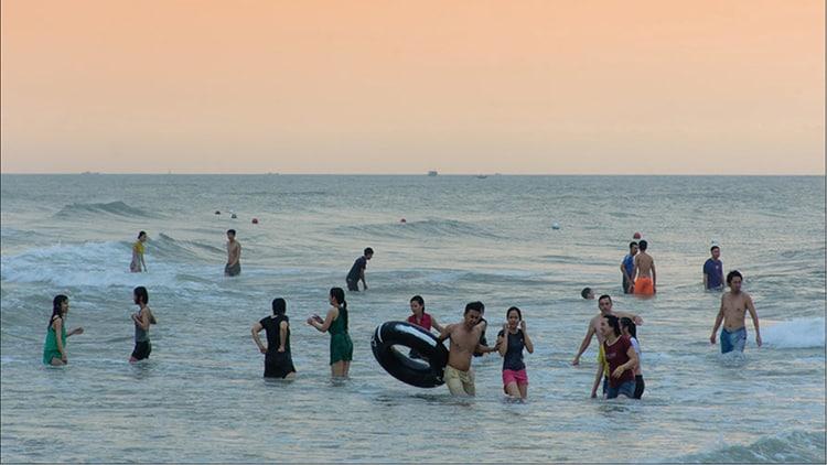 Hue to Thuan An Beach by Private Car – Half Day Trip