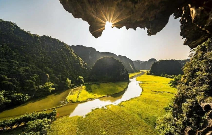 Hanoi to Ninh Binh by car – private driver