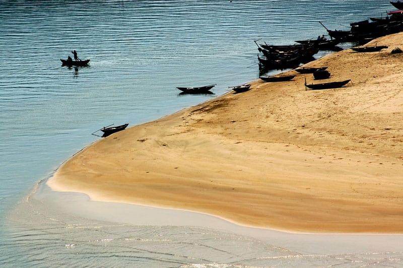 Top 5 Beautiful Beaches in Hue city