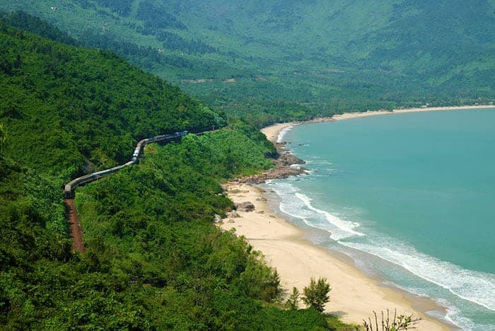 5 Best Ways To Travel From Danang to Hue