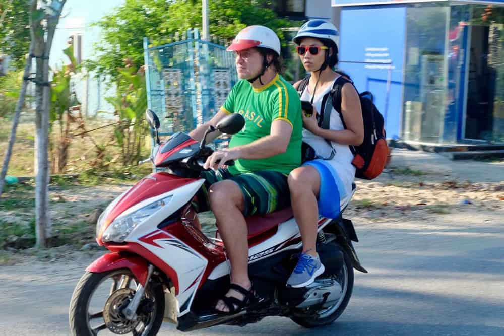 Travel From Hoi An to Bana Hills By Motorbike