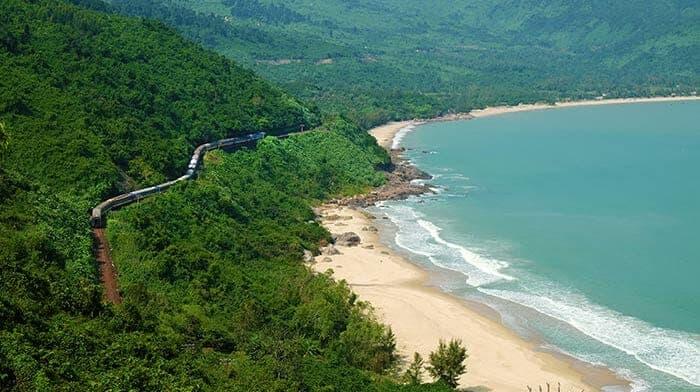 Travel From Da Nang to Nha Trang by train